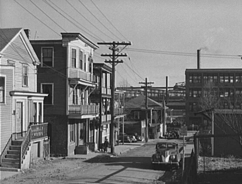 From the early 20th century until after World War II, Syrians lived in this Quincy Point neighborhood near the Fore River shipyards. Courtesy of the National Archives.