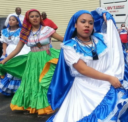 Salvadoran women performing a traditional dance at the Salvadoran American Day Parade in East Boston, 2016. Courtesy Salvadoran Consulate.