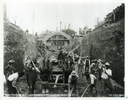 Italian and other workers building the East Boston tunnel, 1900. Courtesy of the City of Boston Archives.